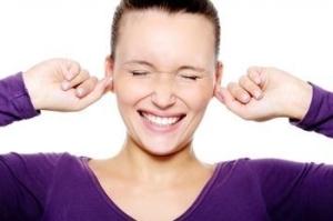 Сильный зуд в ушах