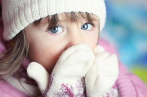 Можно ли гулять с ребенком при кашле