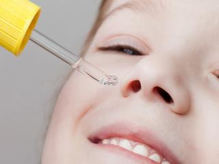 Закапывание в нос раствора хлоргексидина