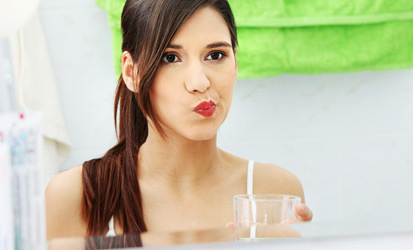 Как часто можно полоскать рот хлоргексидином
