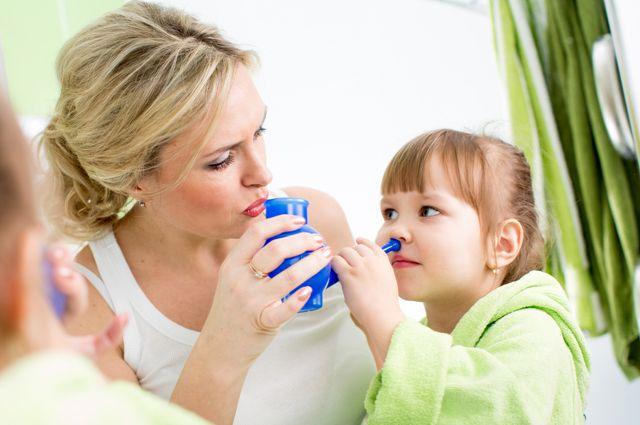 Полоскание носа ребенку