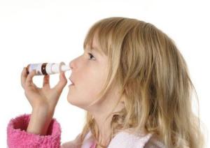 Применение препарата против насморка у ребенка
