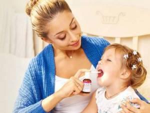 Лечение ангины у детей спреем