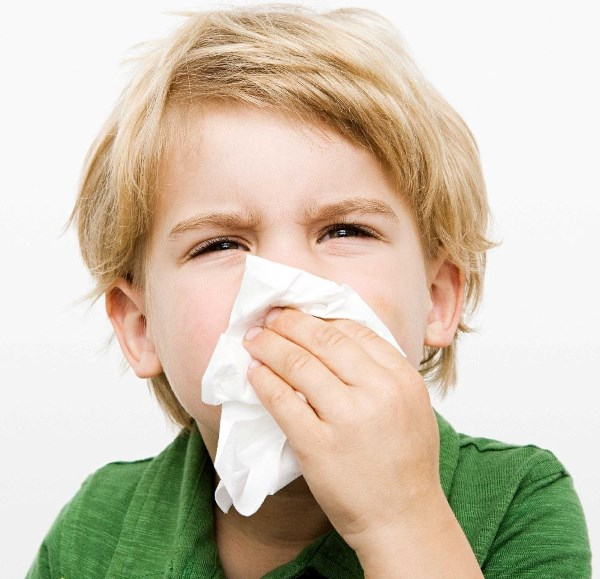Как остановить кашель у ребенка